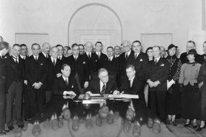 Подписание Пакта Рериха 15 апреля 1935 год