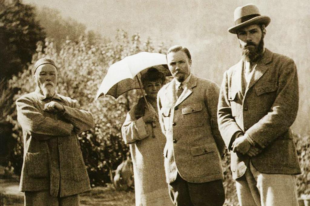 Николай Рерих, Елена Рерих, Юрий Рерих и Святослав Рерих (слева направо)